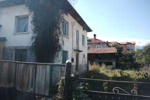 RS1450A House with plot in Bansko
