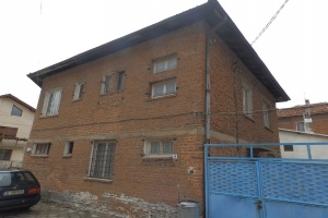 RS1325A House in Razlog
